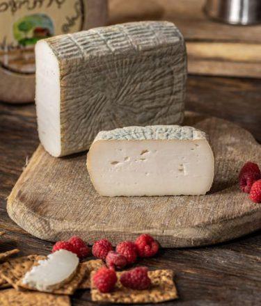 גבינת מסחה מחלבת שירת רועים