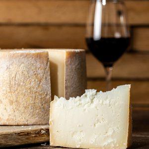 מארז גבינות ויין